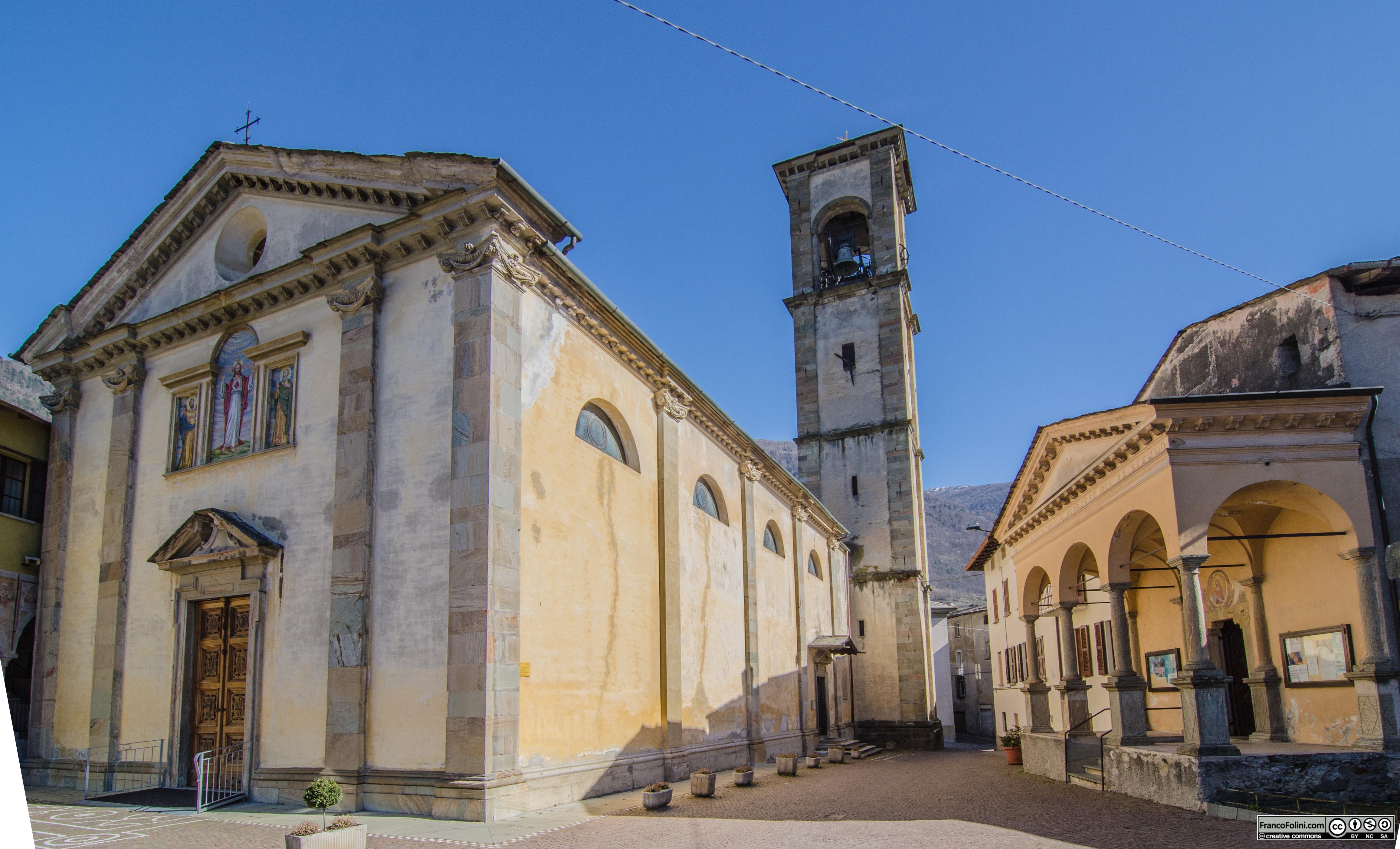 La chiesa parrocchiale di Chiuro è dedicata ai santi Andrea e Giacomo.