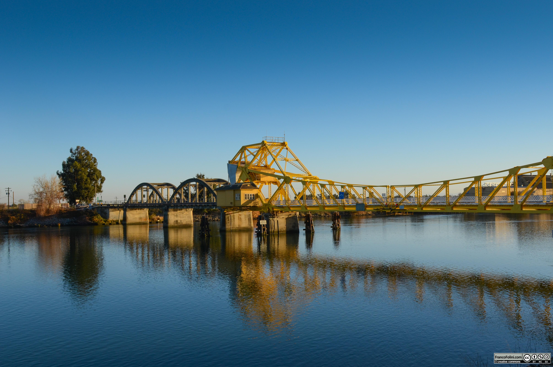 Il fiume Sacramento nei pressi di Locke