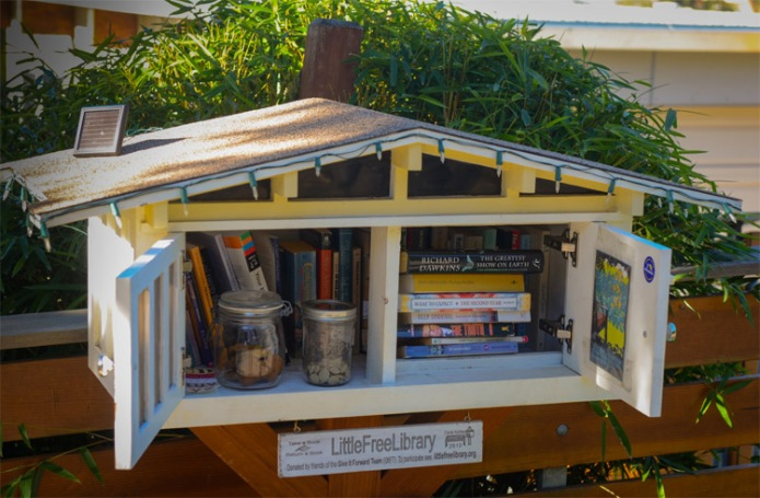 Little Free Library a Piedmont, CA