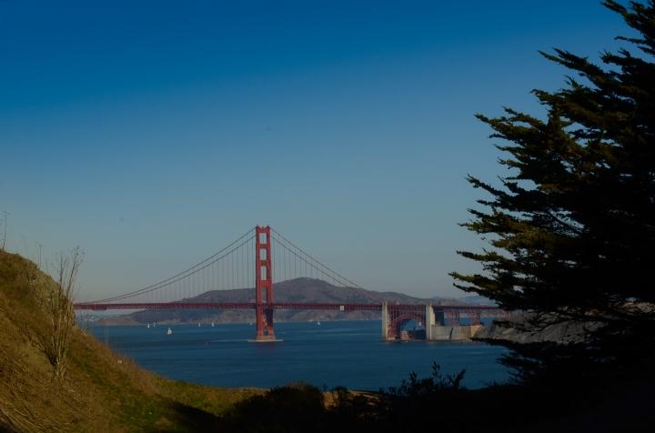 Classica vista del Golden Gate Bridge a San Francisco.
