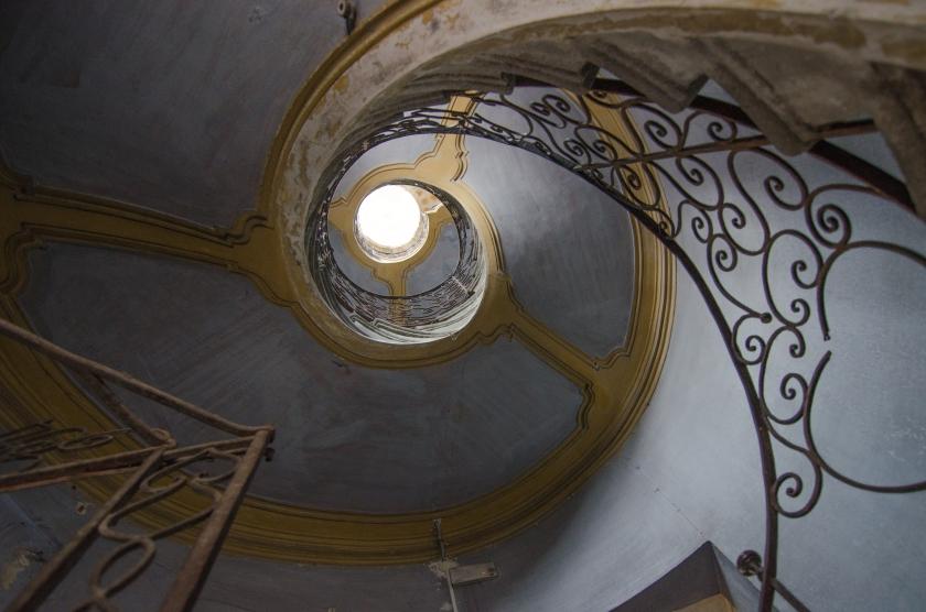 Palazzo Bosatta-Carbonera: scala elicoidale
