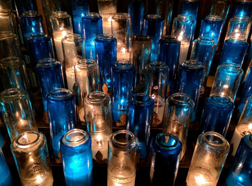 Candele votive nella Basilica di Notre-Dame