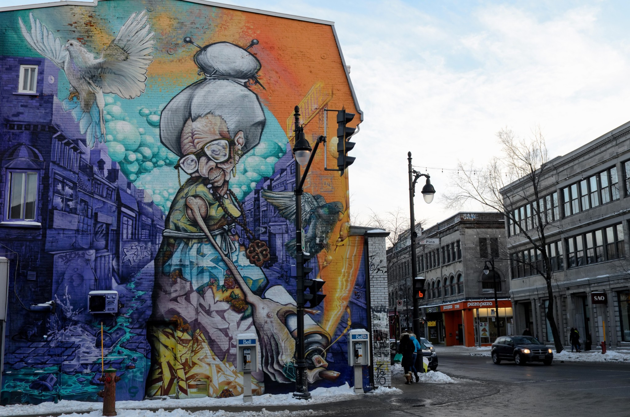 Murale lungo Rue Saint Laurent a Montreal, regione del Quebec, Canada
