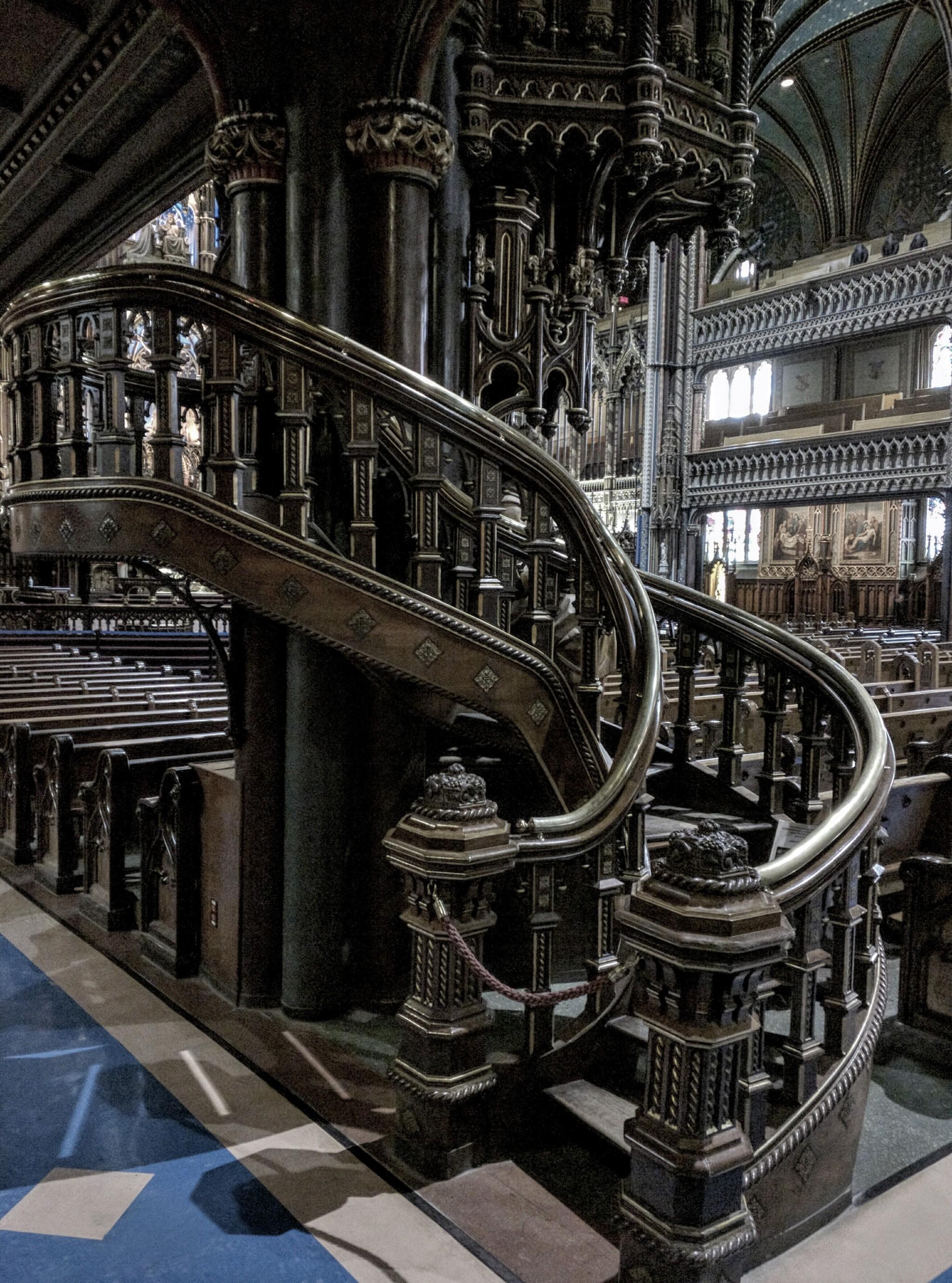 Pulpito nella Basilica di Notre-Dame a Montreal, regione del Quebec, Canada