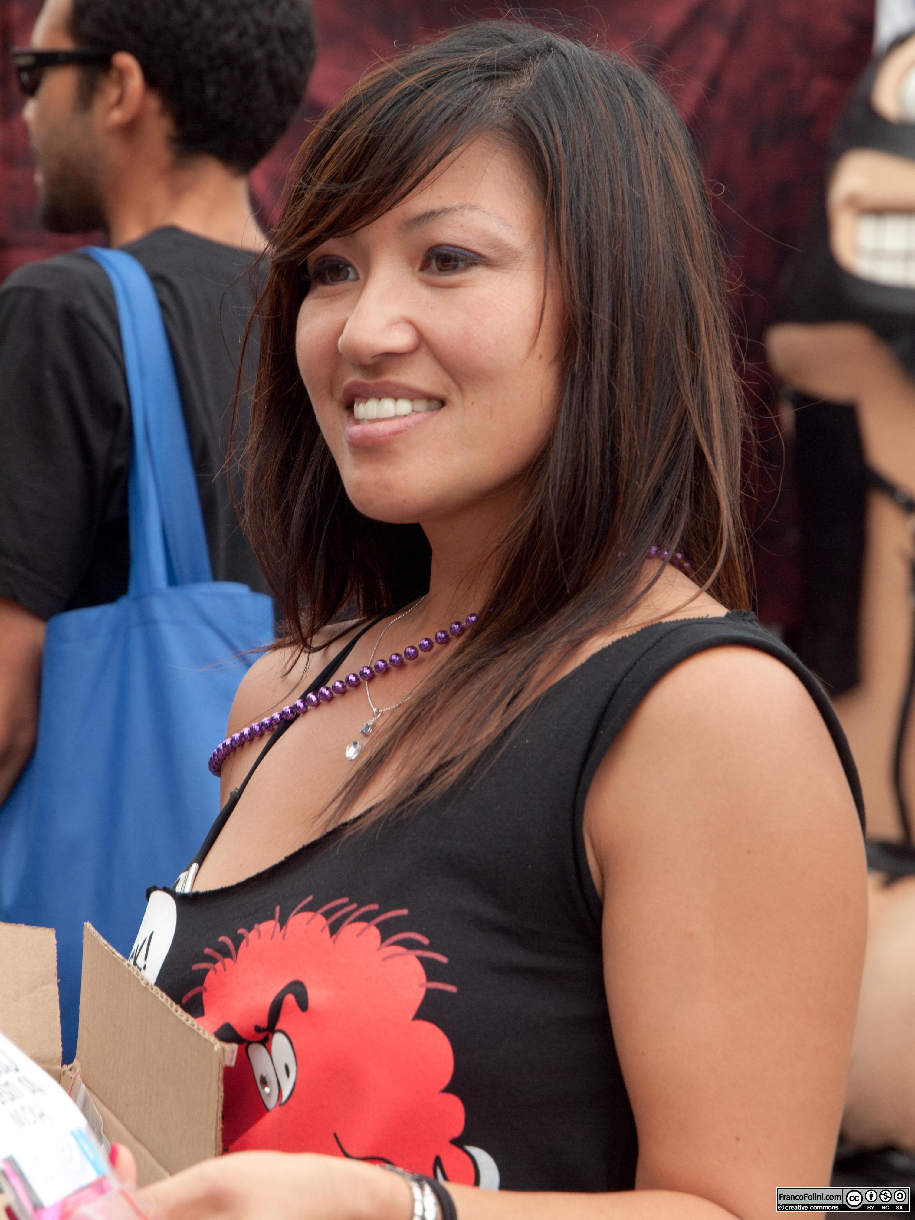 San Francisco Folsom Street Fair: woman