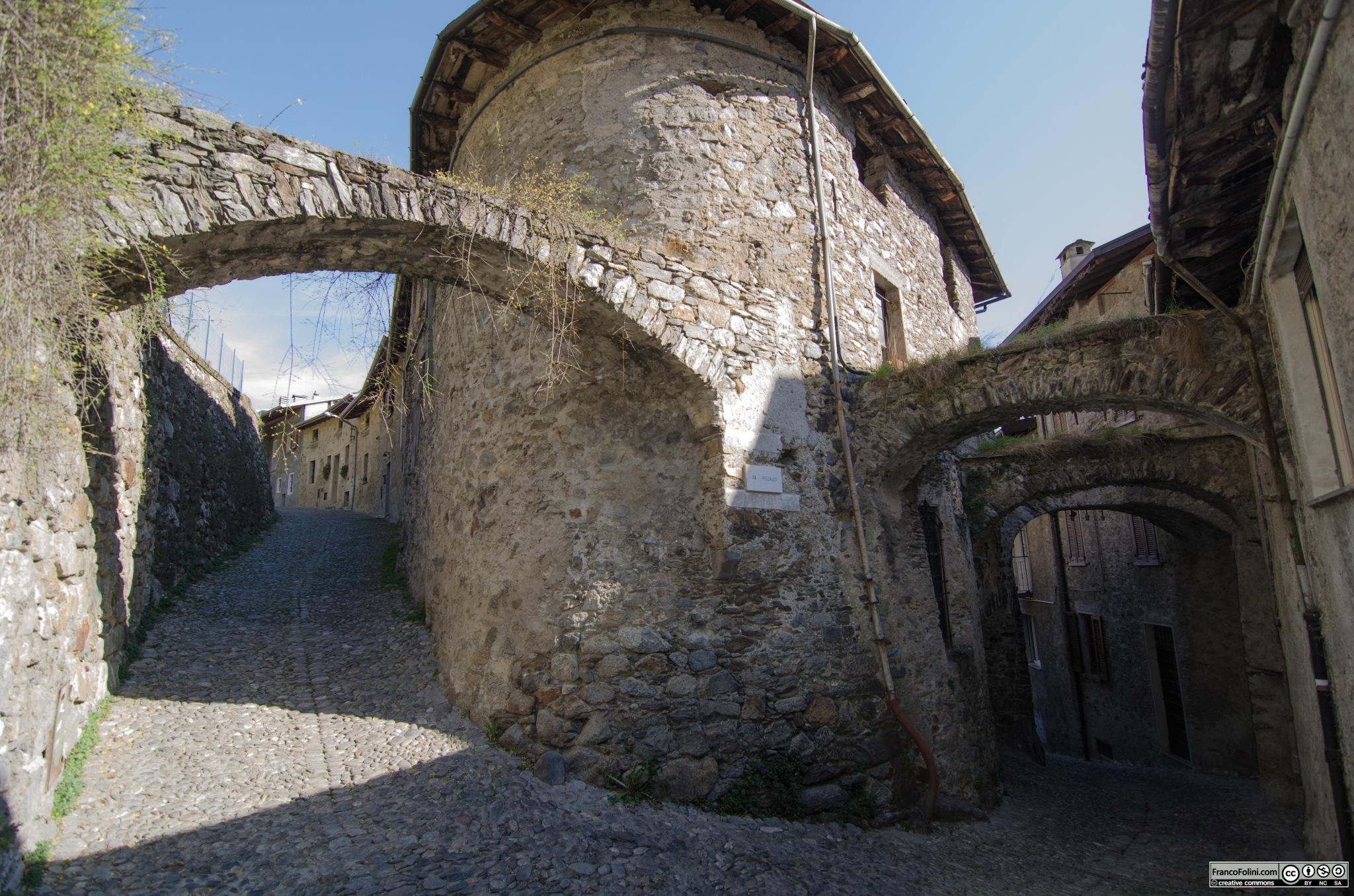 Via Paradiso e via Pozzalio, Ponte in Valtellina, SO Italy