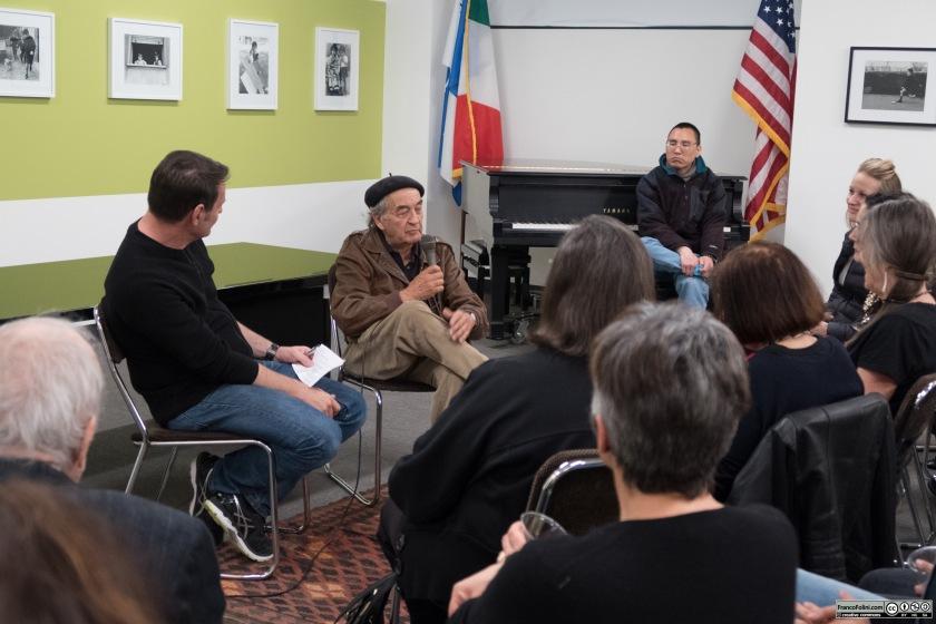 Io mentre intervisto Jeff Blankfort all'Istituto Italiano di Cultura di San Francisco