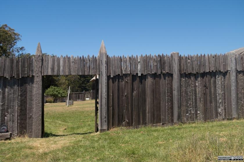 Fort Ross: uno degli ingressi fortificati