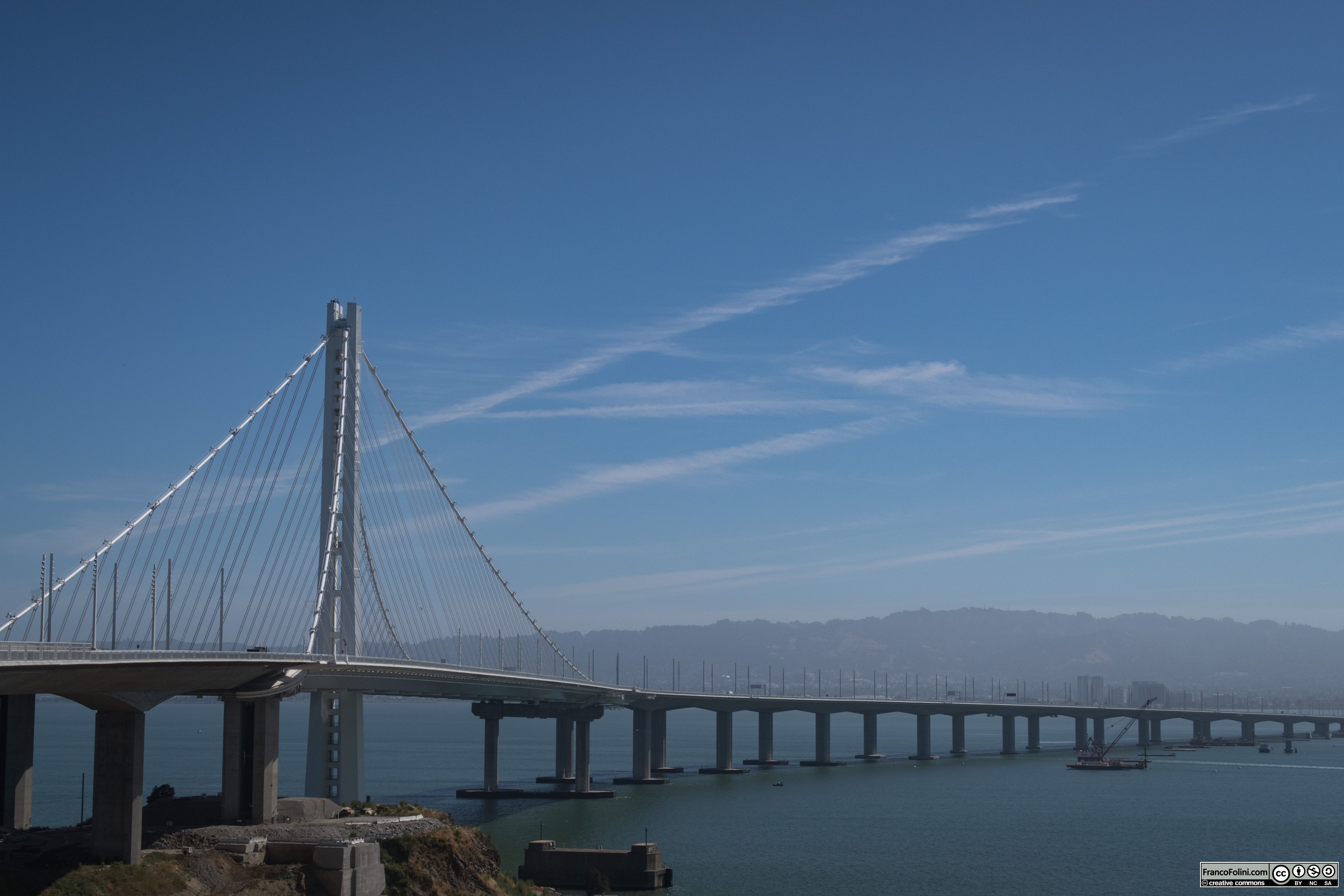 Il tratto del Bay Bridge tra Treasure Island e Oakland visto da Treasure Island