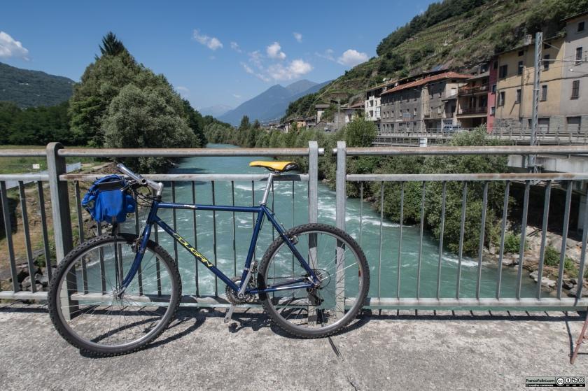 Sentiero Valtellina: il ponte sul fiume Adda a San Giacomo di Teglio