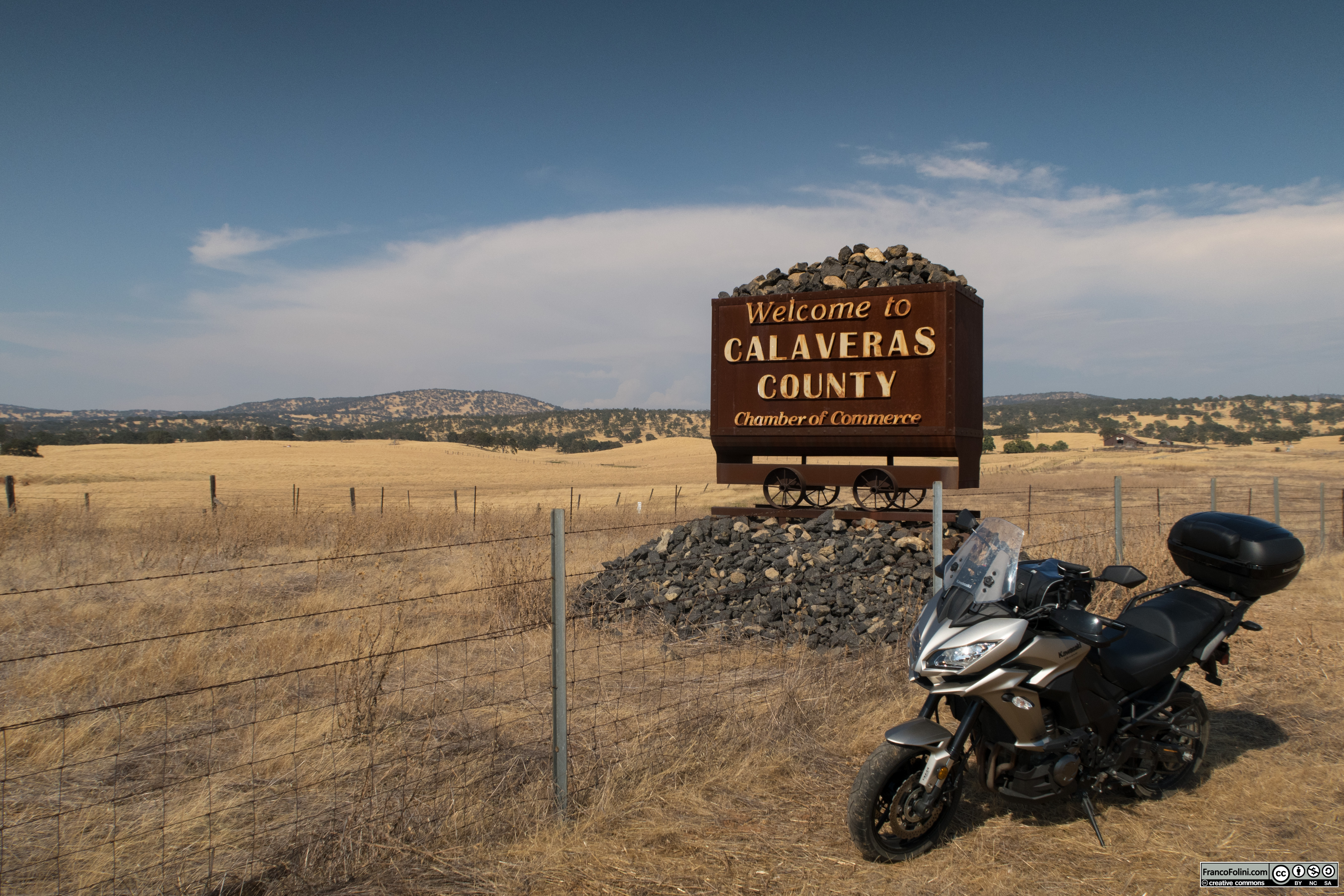 Calaveras County: welcoming sign
