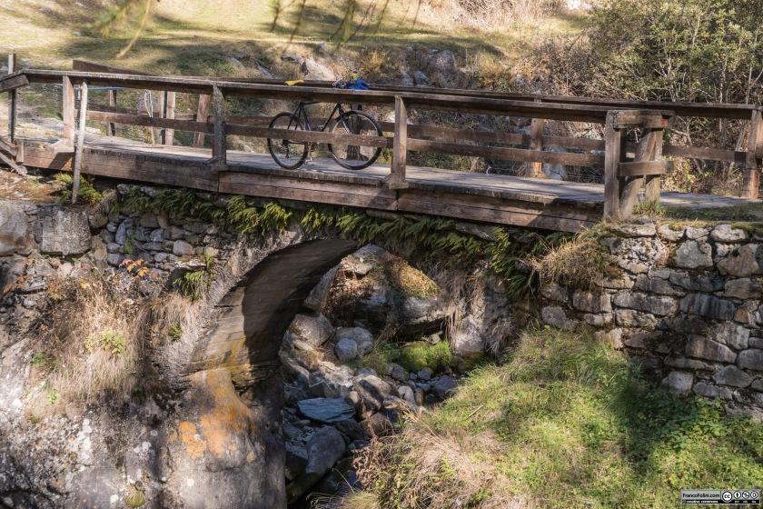 Un ponticello sul torrente Valfontana