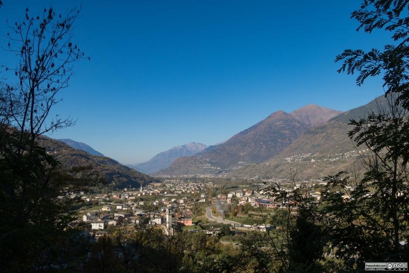 Vista della Valtellina (Boffetto) dalla strada che porta a Sazzo e Arigna