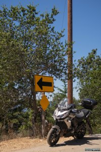 Breve stop per uno scatto fotografico lungo la California Route 35 all'atezza di Los Altos.