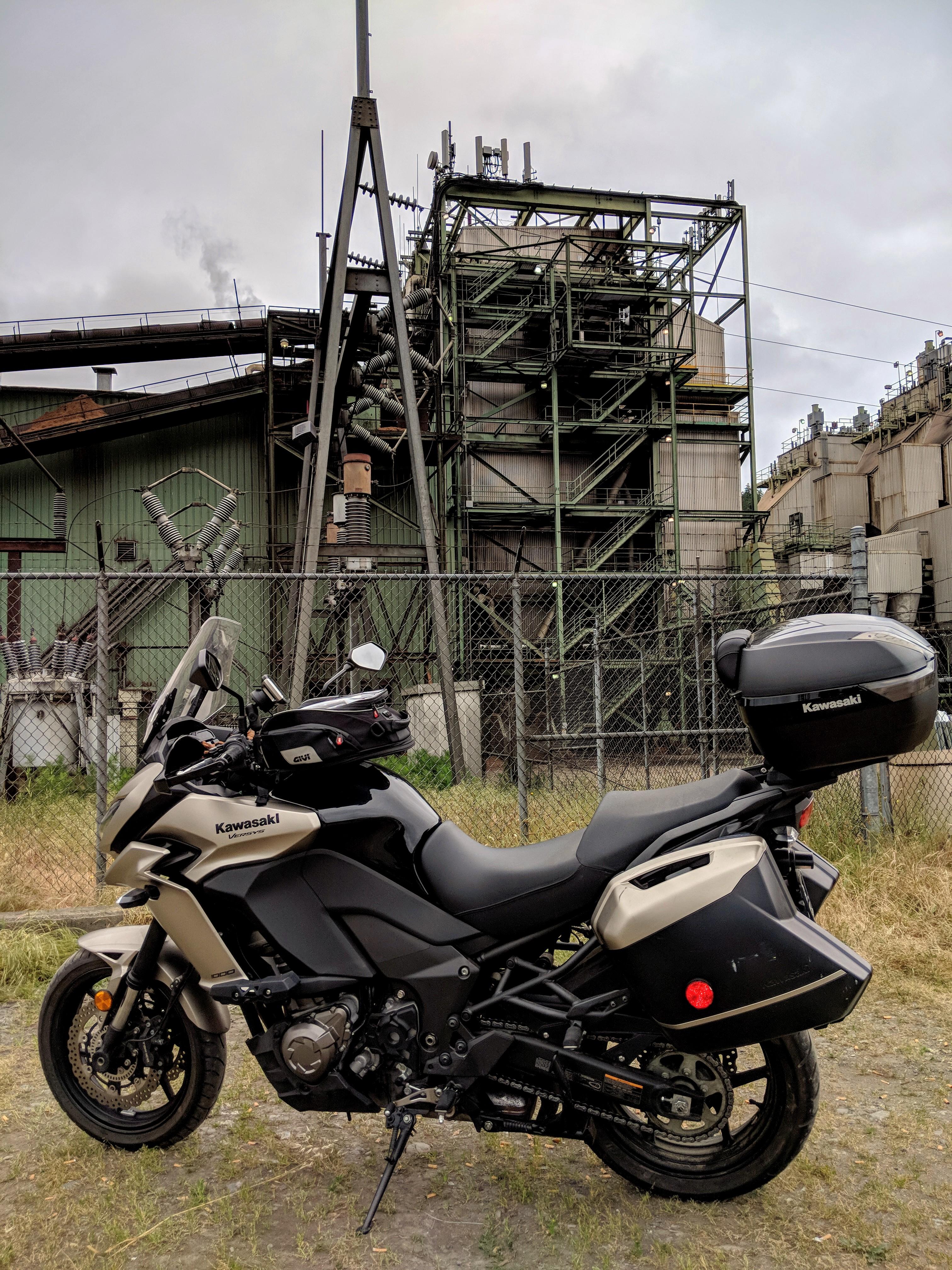 La cittadina di Scotia e' da sempre specializzata nella lavorazione del legname estratto dalle vastissime foreste della zona. Questo e' un impianto industriale per la lavorazione del legno.