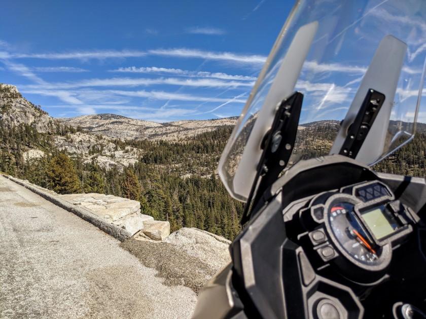 Il Tioga Pass si trova ad oltre 3000 metri di altitudine.