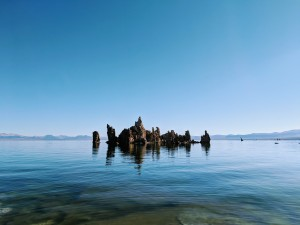 Una delle più classiche viste delle torri di tudo del Mono Lake.